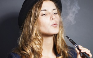 Vaping-Girl